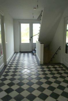 Hal on pinterest google hallways and search - Oude tegel zwart wit ...