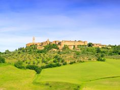 The best Tuscan towns! Discover the most beautiful and outstanding medieval hilltop towns and villages of Tuscany, Italy. Discover the top list of Tuscany's smaller medieval towns.