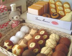 Adorable felted bakery goods
