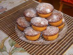 Receptek a kategóriában Pudinggal töltött muffin. Válaszd ki a legjobb receptet a receptmuhely.hu adatbázisából és élvezd a finom ételek ízét. Muffin, Cupcakes, Muffins