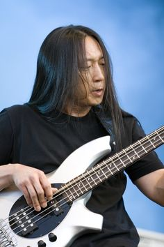 John Myung Dream Theater, Theatre, Metal Bands, Rock N Roll, Black And Brown, Singer, In This Moment, Guys, Concert