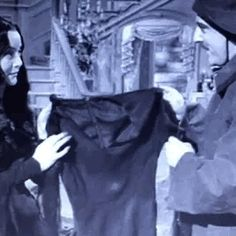 The Addams Family 1964, Addams Family Tv Show, Family Tv Series, Adams Family, Gomez And Morticia, Morticia Addams, Los Addams, Charles Addams, The Munsters