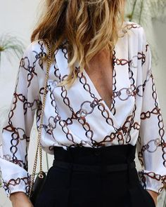 Fashion V Collar Long-Sleeved Print blouses for women chic blouses for women casual blouses outfit cute blouses blouses for women work business casual Printed Blouse, Printed Shirts, Latest Fashion For Women, Womens Fashion, Fashion Online, Fashion Fall, Fashion Websites, Cheap Fashion, Fashion 2017