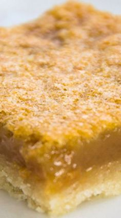 - Have a craving for something sweet full of brown sugar but don't want to make pastry- mix up a pan of Buttertart Squares and you will have delicious ready. Köstliche Desserts, Delicious Desserts, Dessert Recipes, Yummy Food, Best Butter Tart Recipe, Butter Tarts, Tart Recipes, Baking Recipes, Cookie Recipes