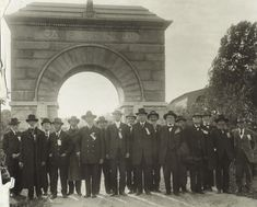"Reunion of the 15th Wisconsin ""Scandinavian"" Regiment at the Camp Randall Memorial Arch 