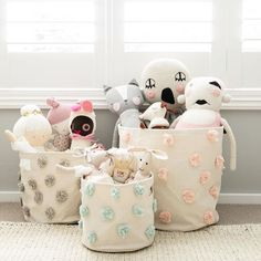 Just what our storage was made for - to be stuffed with stuffies! Who else is overrun with them? Love this mix of all three one-color Pom Pom's together. ( Grey Pint, Mist Mini and Blush Bin shown). So pretty and versatile. Thanks for this great pic @littledwellings.