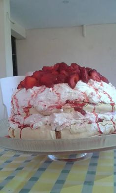 Strawberry Desserts, Candy Recipes, Deserts, Food And Drink, Sweets, Drinks, Cooking, Cake, Thalia