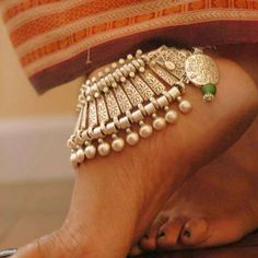 YOU Bohemia Bead Shell Anklet Foot Jewelry Women Ankle Leg Jewelry Summer Beach Statement Chain Anklets Fashion Jewelry Turquoise Jewelry, Silver Jewelry, Gothic Jewelry, Silver Earrings, Silver Wedding Shoes, Anklet Designs, Fashion Jewelry, Women Jewelry, Silver Anklets
