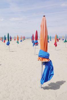 Les parasols colorés de Deauville !