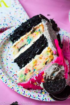 This Birthday Cake Oreo Cake screams PARTY! Dark chocolate and Funfetti Oreo cake, frosted with birthday cake Oreo frosting and drizzled with pink ganache. Round Birthday Cakes, Cake Birthday, 10th Birthday, Oreo Wafers, Oreo Cake Recipes, Oreo Frosting, Ice Cream Cone Cake, Oreo Fudge, Different Cakes