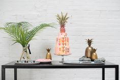Mid-Century Modern Love Styled Shoot | Pineapple Cake and Gold Pineapples | Design and Coordination: @colorpopevents, Photography: @mikkelpaige, Floral: @sachirosedesign