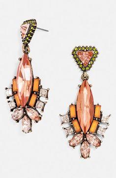 Bold drop earrings http://rstyle.me/n/p7puhnyg6