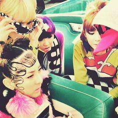 2NE1 Happy BTS