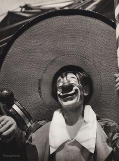 1940's Vintage 16x20 CIRCUS CARNIVAL CLOWN Humor Makeup Ringling Bros. Photo Art #Realism