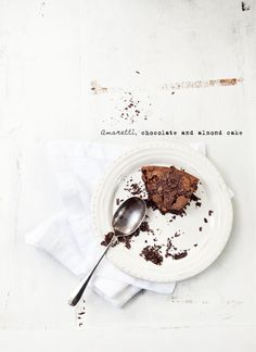 amaretti chocolate and almond cake