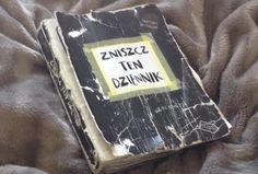 Podesłała Amelia Melancia Calów #zniszcztendziennikwszedzie #zniszcztendziennik #kerismith #wreckthisjournal #book #ksiazka #KreatywnaDestrukcja #DIY