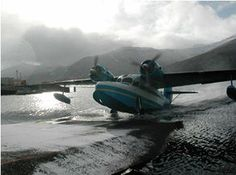 Flying float planes and sea planes