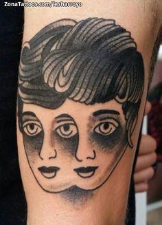 Tatuaje surrealista hecho por Lesharroyo, de Guadalajara (España). Si quieres ponerte en contacto con él para un diseño visita su perfil:http://www.zonatattoos.com/lesharroyo  #tattoos #tatuajes #ink