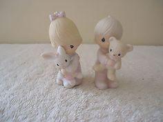 Vintage 1982 Enesco Set Of 2 Figurines,1,Boy # E-9278,1,Girl # E-9279 Holdin Stu #vintage #collectibles #ceramics #home