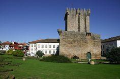 Castelo de Chaves, no distrito de Vila Real, na região Norte de Portugal.  Fotografia: Fernando DC Ribeiro no Flickr.