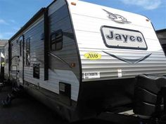 "2016 New Jayco Jay Flight 34FKDS Travel Trailer in Georgia GA.Recreational Vehicle, rv, 2016 Jayco Jay Flight34FKDS, 2nd A/C in Bedroom, 39"" TV, Aluminum Rims, Cargo Acessory Receiver, Customer Value Pkg w/15,000 BTU A/C, Electric Stabilizer Jacks, Elite Package, Free Standing Table w/4 Chairs, Thermal Pkg, Volume Dealer,"