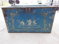 LARGE DANCING FAIRIES ADVERTISING TIN BOX GLOBE SOAP COMPANY VINTAGE STORE FRONT