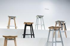 SU / Navy chairを継承した座面と脚が着脱できるスツール for Emeco