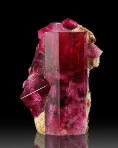 Red Beryl - Utah / Mineral Friends <3