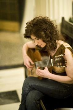 """Grammy Award winner Sharon Isbin has been hailed as """"the pre-eminent guitarists of our time."""" She has made over 25 award-winning recordings, and her 2001 Grammy was the first for classical guitar in 28 years. Soloist with over 160 orchestras, she was featured in Scorsese's """"The Departed"""" soundtrack, and on over 30 magazine covers. Author of """"The Classical Guitar Answer Book,"""" she directs The Juilliard School's guitar department."""