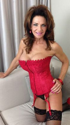 #Deauxma in a #red #Corset