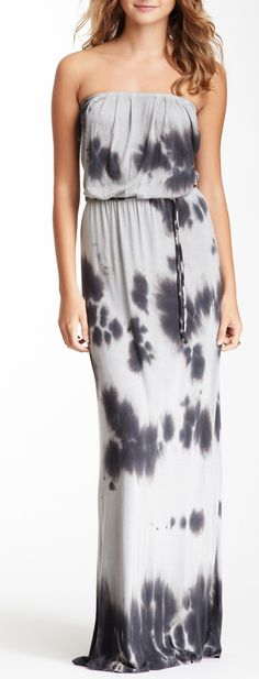 I want a maxi dress so bad! This would be perfect if it had straps