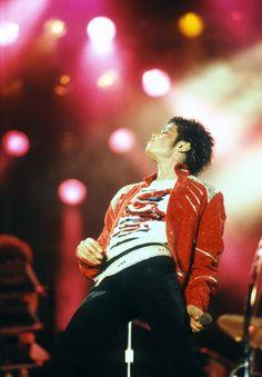 Michael Jackson Images, Michael Jackson Bad Era, Jackson 5, Michael Jackson's Son, Invincible Michael Jackson, King Of Music, The Jacksons, Beautiful Person, Pop