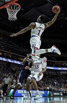 670c8927d9c He flies through the air with the greatest of ease. Kansas Basketball,  Basketball Teams