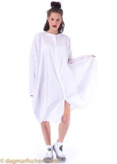 Oversize dress by RUNDHOLZ BLACK LABEL in black or white  - dagmarfischermode.de      #dress #oversize #kleid #rundholz #mainline #designer #german #deutsch #fashion #style #stylish #styles #outfit #shopping #dagmarfischermode #shop #outfit #cool #lagenlook #oversize #mode #extravagant #germandesigner #cult #kult #moda #mode #germany #germandesign #deutschesdesign