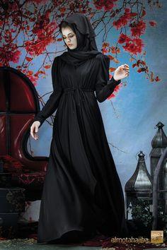 Abaya by Almotahajiba. Arab Fashion, Islamic Fashion, Muslim Fashion, Modest Fashion, High Fashion, Africa Fashion, Beautiful Hijab, Beautiful Models, Beautiful Outfits