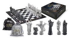 HARRY POTTER sorciers Chess Set 32 pièces + ÉCHIQUIER Noble Collection: Amazon.fr: Jeux et Jouets