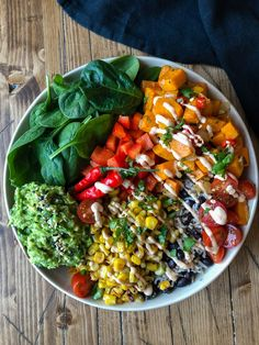 Bowl ways) Burrito Power Bowl Ways) - This rainbow bowl is packed full of sweet potatoes, grilled corn, salsa, guacamole with a TexMex Cashew Cream - so incredible! Veggie Recipes, Whole Food Recipes, Cooking Recipes, Healthy Recipes, Veggie Bowl Recipe, Recipe Bowl, Veggie Rice Bowl, Vegan Bowl Recipes, High Protein Vegetarian Recipes