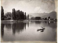 River Jehlum Jammu and Kashmir 1894..  vintage clicks..