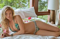 kate upton sports illustrated swimsuit edition.