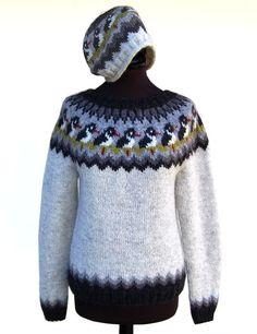 Strandskadesweater og -hue (H) Beginner Knitting Projects, Knitting For Kids, Knitting For Beginners, Free Knitting, Baby Knitting, Fair Isle Knitting Patterns, Sweater Knitting Patterns, Knit Patterns, Nordic Sweater