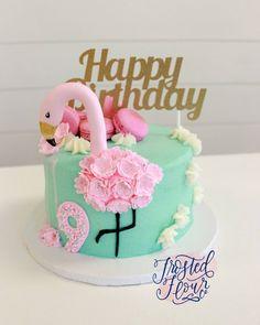 It was such a pleasure to make this pretty flamingo cake inspired by @sandyscakes! . . . . #cookies #decoratedsugarcookies #picoftheday #shoplocal #shophandmade #durhamregion #northumberlandcounty #gta #toronto #porthope #cobourg #bakery #cookiesofinstagram #love #handmade #brookiescookiesco #partylikealulu #popsugarfood #thebakefeed #buzzfeedfood #flamingocakes