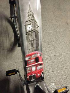 Airbrush London cover battery bike by M.P Design Art