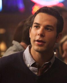 This goes out to my friend Abby who loves Skylar Astin!!!! She absolutely loves him! Luv ya Abby:)