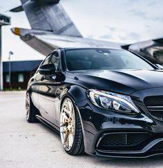 Luxury Cars, Luxury Sedans, Amg C63, Sports Sedan, Mercedes Benz Cars, Cars And Motorcycles, Vintage Cars, Cool Cars, Ferrari