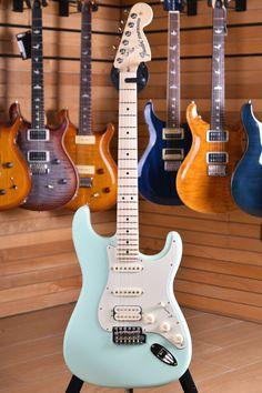 Ukulele, Guitar Songs, Guitar Chords, Acoustic Guitar, Fender Stratocaster, Fender Guitars, Fender Bass, Gibson Guitars, Guitar Girl