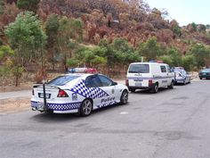 With over 3200 photos, Australian Police Cars is the leading source of photos of modern police vehicles from Australia. Rescue Vehicles, Police Vehicles, Emergency Vehicles, Police Cars, Sirens, Radios, 4x4, 1st Responders, Australian Cars
