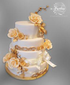 A ďalšia svadobná torta by Katka 90 Birthday, Creative Cakes, Daily Inspiration, Amazing Cakes, Florals, Cake Decorating, Wedding Cakes, Facebook, My Favorite Things