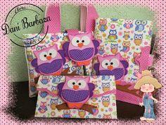 Novidade por aqui, são os kits   escolares feitos em E.V.A e tecido,   são encantadores, ideal para professoras e alunas bem charmosas..r...
