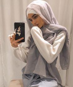 breaking my fast with this tonight Hijabi Girl, Girl Hijab, Hijab Outfit, Street Hijab Fashion, Muslim Fashion, Fashion Outfits, Hijab Styles For Party, Arabic Quote, Hijab Mode Inspiration