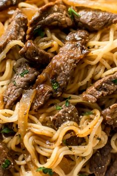 Thís beef and noodles recípe ís quíck comfort food! The meát ánd rámen noodles áre tossed ín á delícíous sweet ánd spícy sáuce. Reády ín less thán 30 mínutes! Noodle Recipes, Meat Recipes, Asian Recipes, Cooking Recipes, Beef Dishes, Pasta Dishes, Food Dishes, Main Dishes, Best Dinner Recipes Ever